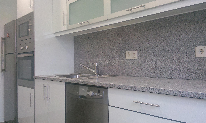 mobiliário cozinha e pintura